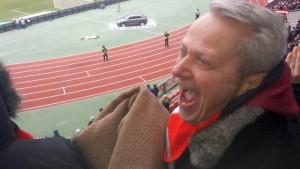 Da freutsichder FCN-Fan tiersich! Bruno Fetzer, Chef der werbe- und Stadtgemeisncahft Schwabach. Foto: Hertlein