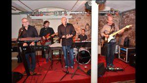 Die DALTONS spielten jüngst in Seckenheim ein Benefizkonzert. Fotos privat