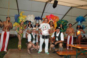 Osmar Oliveira und Combo beim Gastspiel in Waakirchen. Foto: Matthias Hertlein
