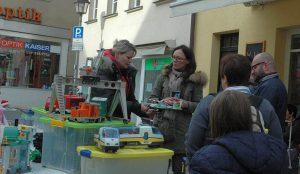 Chrrrrristina gobin undACS-Chef Uwe Wießmath (r.). Foto: Hertlein