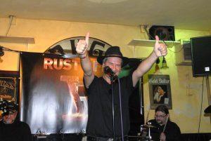 Klasse Auftritt, zufreidne Band , hier Stephan spanger. Foto: Hertlein