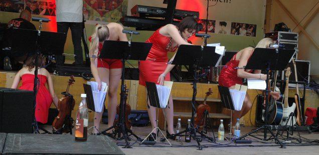 Schwabach-Boulevard/40.Bürgerfest: Sexy Symphonicstrings - Party Revolution!