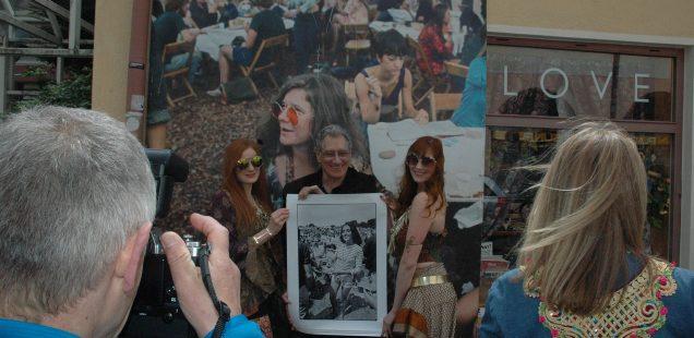 Franken-Szene: DJ Bobo -Gigantonomie/Woodstock-Fotograf Elliott Landy stellt in Nürnberg aus/Am WE - Trempelmarkt