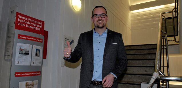 Schwabach-Boulevard: Jung.Sozialdemokrat.Oberbürgermeister - Peter Reiß, der's kann/Amtswechsel zum 1.Mai/ Schwester Magdalena, die Powerlady an seiner Polit-Seite.....