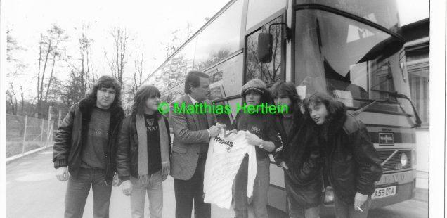 Schwabach-Boulevard/szene.Franken:Advent-Rockserie: Höhepunkt AC/DC - Highway to Herzogenaurach/Diego lebt in Franken weiter.../Bildhauer Clemens als Kunstsammler..../OB Reiß Lebkuchen-Freak