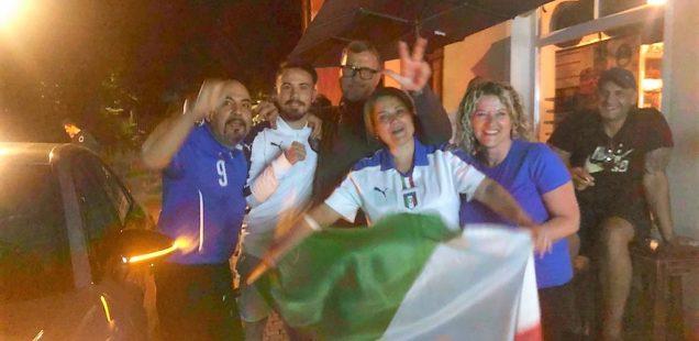 Schwabach-Boulevard: Fans feierten in der Bachgasse Italien-Weiterkommen/Aus Enoteca am Gaswerk wird SCHMIEDE.../Sandra Hoffmann Rivero im Sabbatjahr....